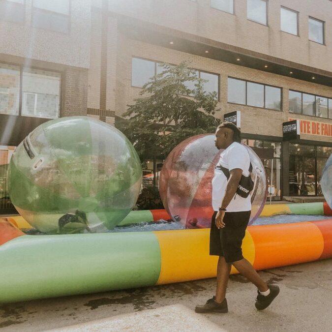 roulade sur l'eau - les gars des jeux - location de jeux géants montréal québec